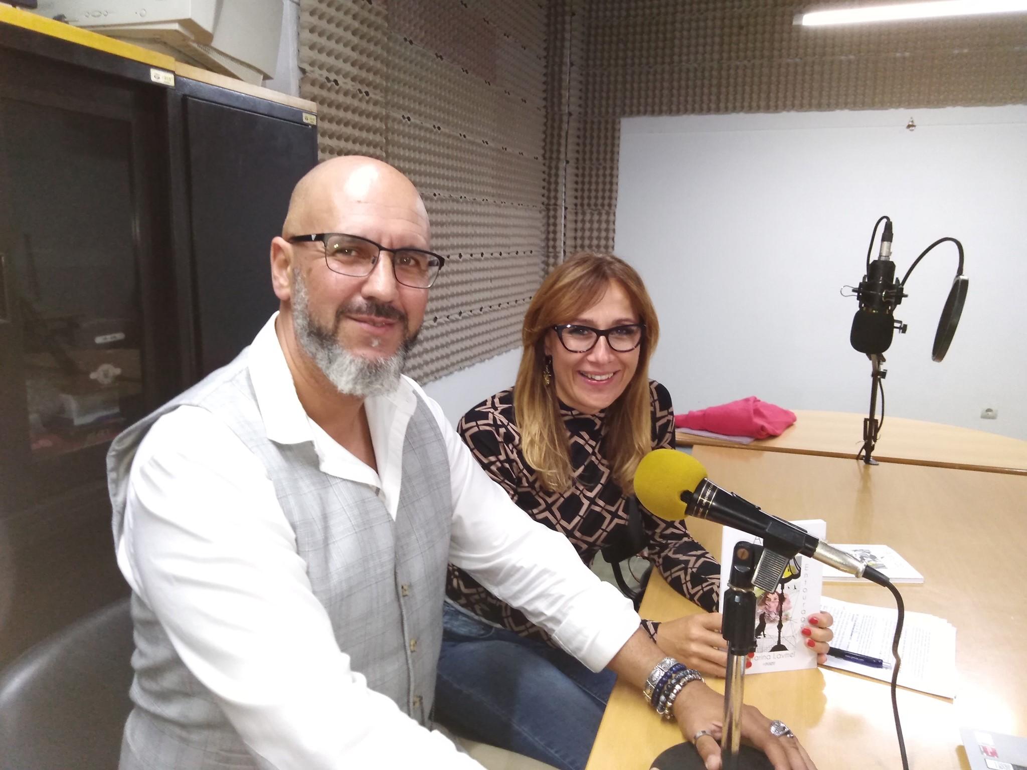 """Transmitido na Rádio Alternativa AR sobre o projeto de uma antologia da poesia polaco- portuguesa """"Azulejo vestido com centaureas"""""""